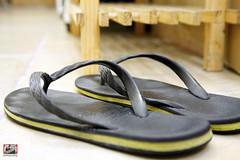 outdoor shoe(0.0), shoe(0.0), footwear(1.0), yellow(1.0), sandal(1.0), flip-flops(1.0),