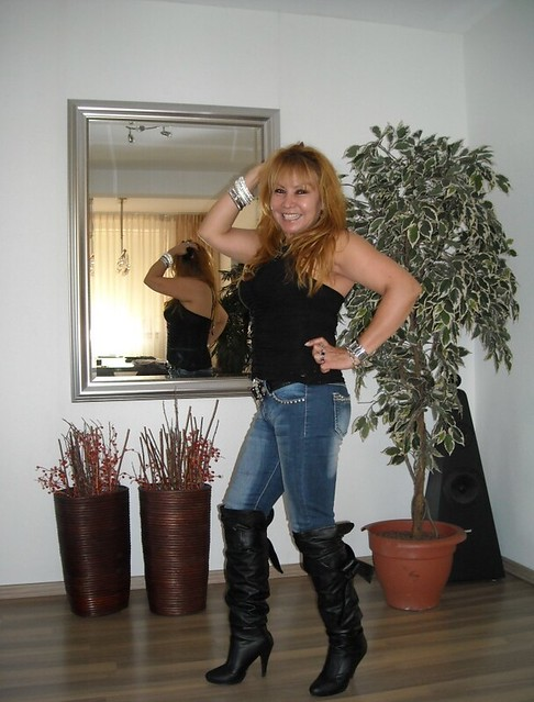 Mature Attractive Plus Great Looking Boots Legs A