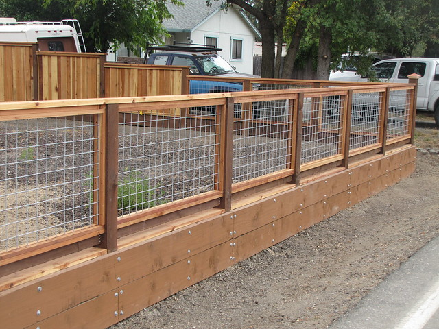 Hog Wire Fence 3 1 Like What You See Call Guy S Fencing