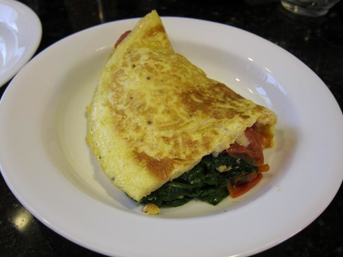 omelette, cooking demonstration, eggs, spinach IMG_5420
