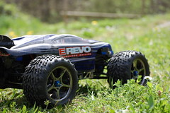 race car, automobile, tire, automotive tire, racing, wheel, vehicle, sports, radio-controlled toy, motorsport, off-roading, rally raid, truggy, monster truck, off-road vehicle,