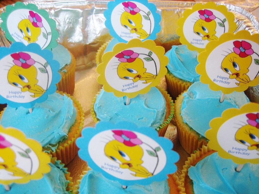Tweety Bird Birthday Decorations