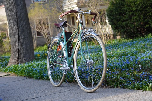 Royal H. Mixte, Garden