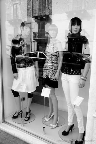 street blackandwhite black blackwhite vetrina riflesso manichino dcimage