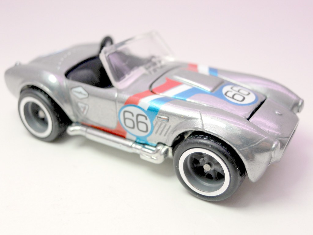 Hot wheels garage shelby cobra 427 3