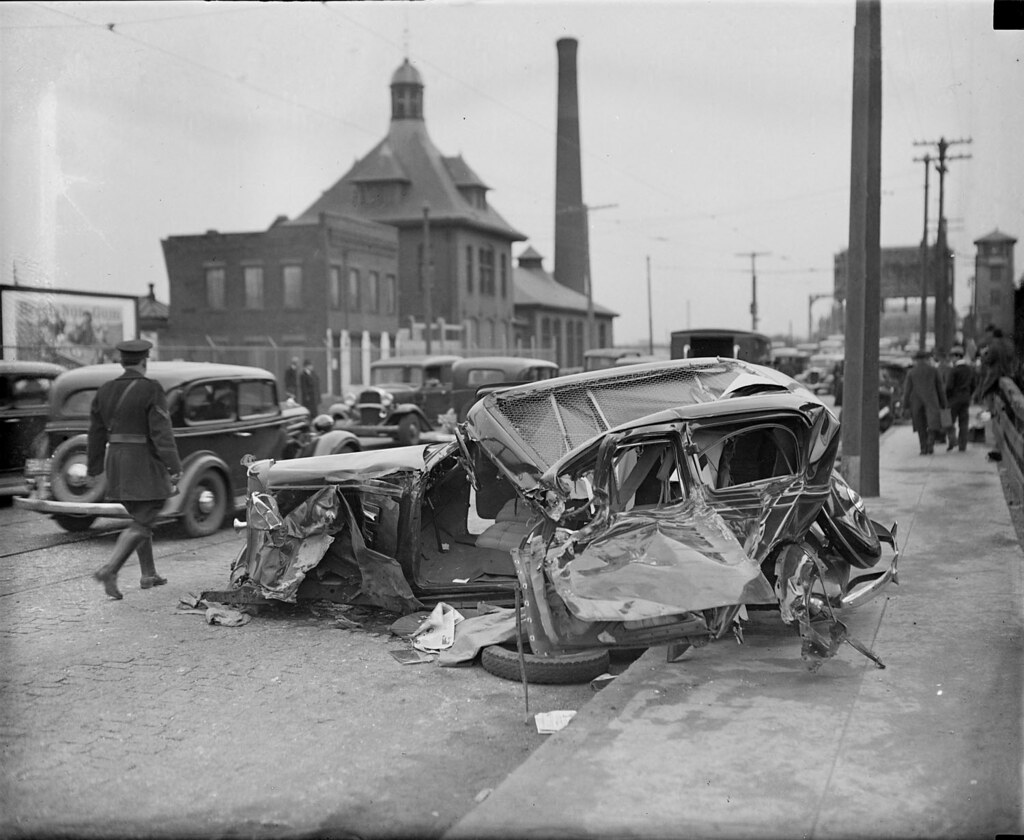 Beautiful Vintage Car Crashes Pictures Inspiration - Classic Cars ...
