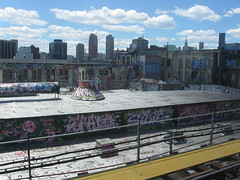 5 Pointz- Doves, ARone, Hoacs, Trap, PK, Cycle and many others.... if you got ID's put em up