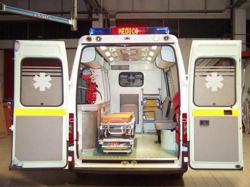 Tragedia a Palermo, donna muore in incidente stradale mentre si recava in ospedale per partorire$