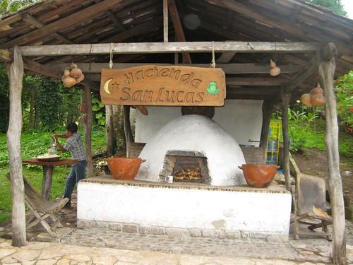 >Luxury Eco Lodge in the Jungle