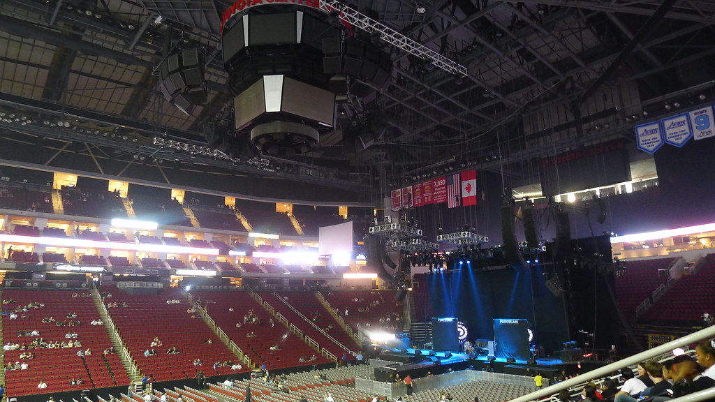 toyota center - houston, tx | the toyota center, pre-concert… | flickr