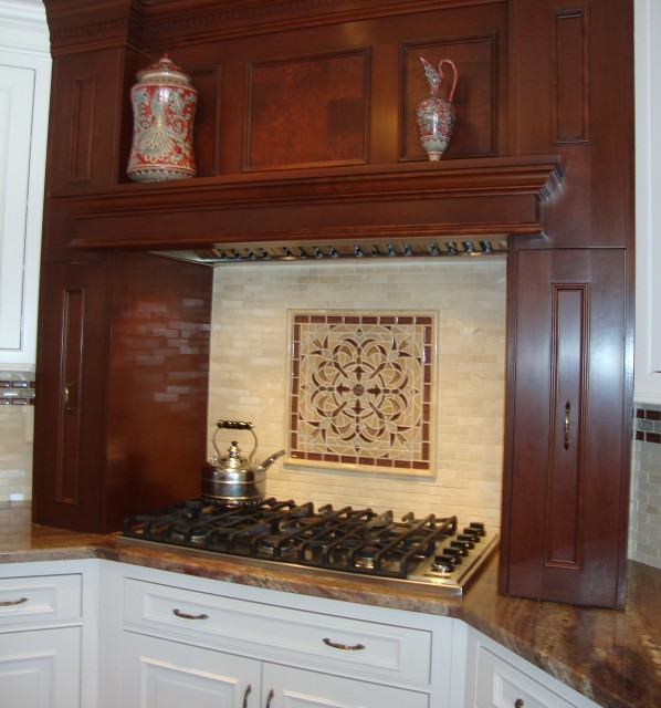 Kitchen Backsplash Marble Tiles With Glass Mosaic