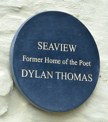 Photo of Dylan Thomas black plaque