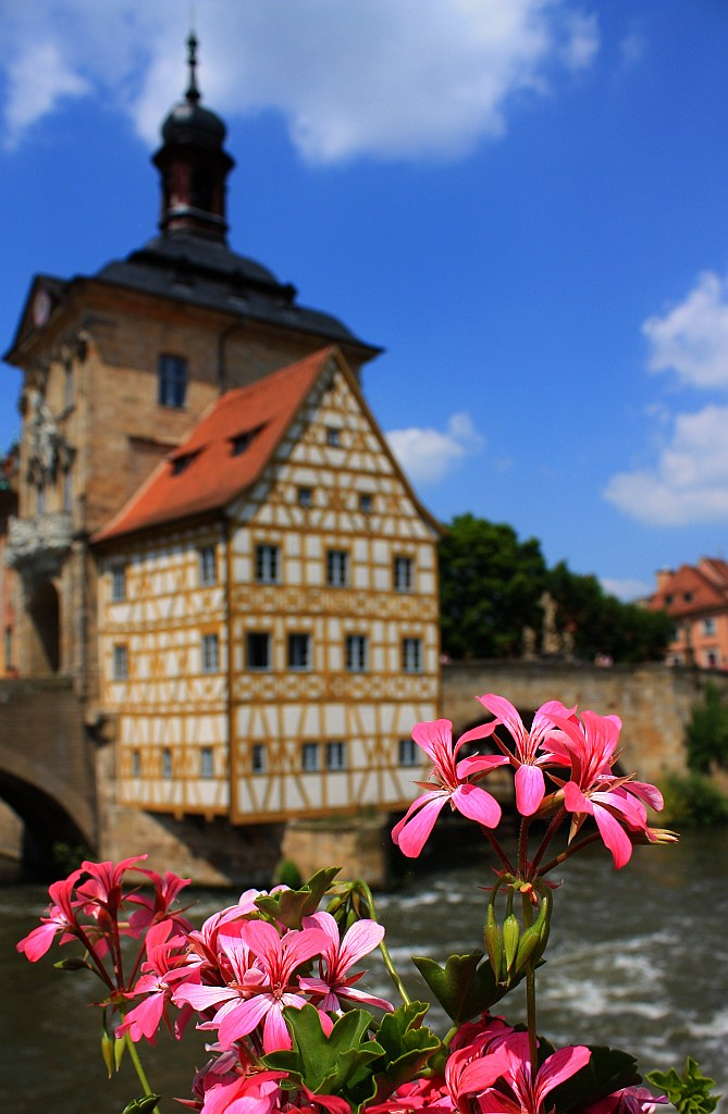 Geyerswoerthsteg, Altes Rathaus, Regnitz river, Bamberg, Germany