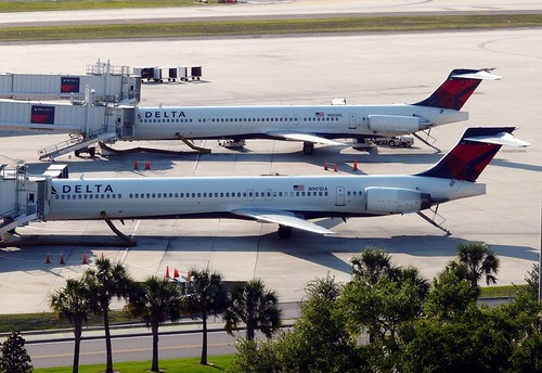 Delta - MD88 & MD90