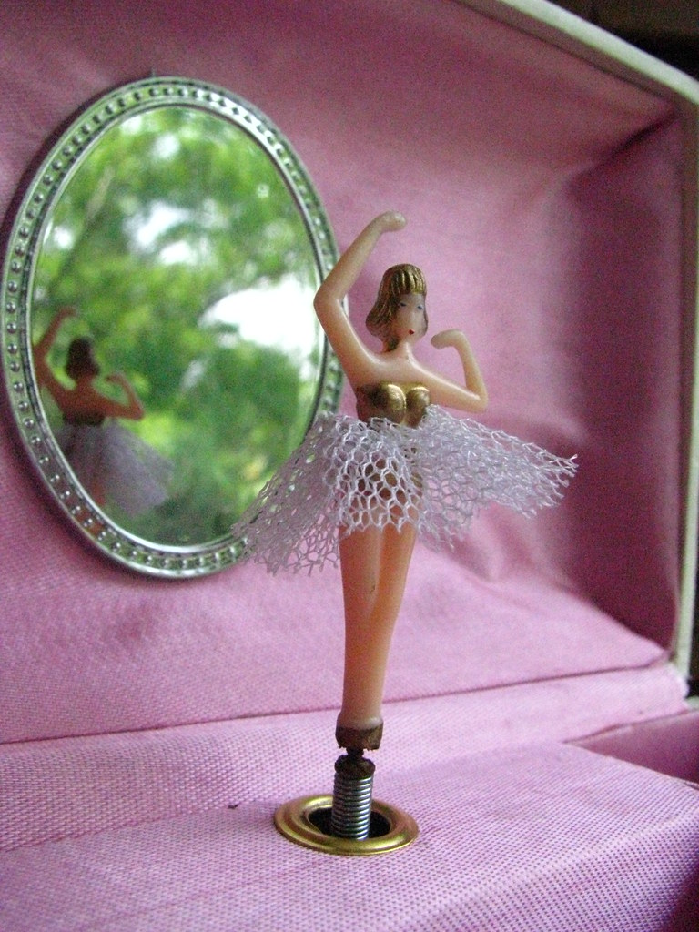 vintage musical ballerina jewelry box a photo on flickriver