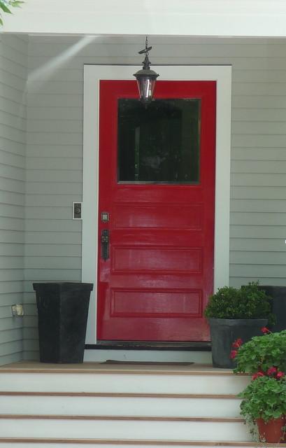 Avon Hill - Red door on Avon Hill Street, Cambridge, MA