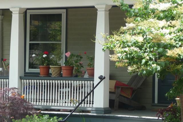 Avon Hill - Upland Street front porch, Cambridge, MA