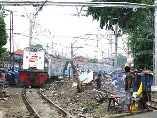 KA Bogowonto menikung di PJL Pasar Gaplok