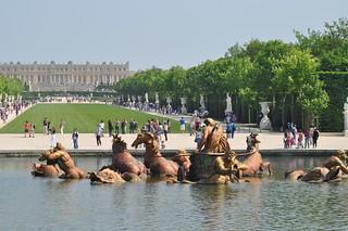 http://hojeconhecemos.blogspot.com.es/2011/05/do-jardim-do-palacio-de-versalhes-franca.html