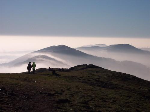 Madcap Morris 2005 - Misty Morning Malvern Hills