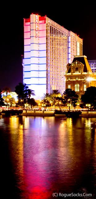 Ballys-hotel-casino-las-vegas-night-reflected-fountains-of-bellagio-pool-001.jpg