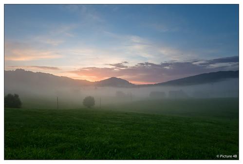light sky sun fog clouds sunrise landscape schweiz nebel hiking sony foggy wolken sigma hike berge sonne sonnenaufgang morgen wandern montain appenzell landschaften wanderung neblig gais a580 mygearandme mygearandmepremium