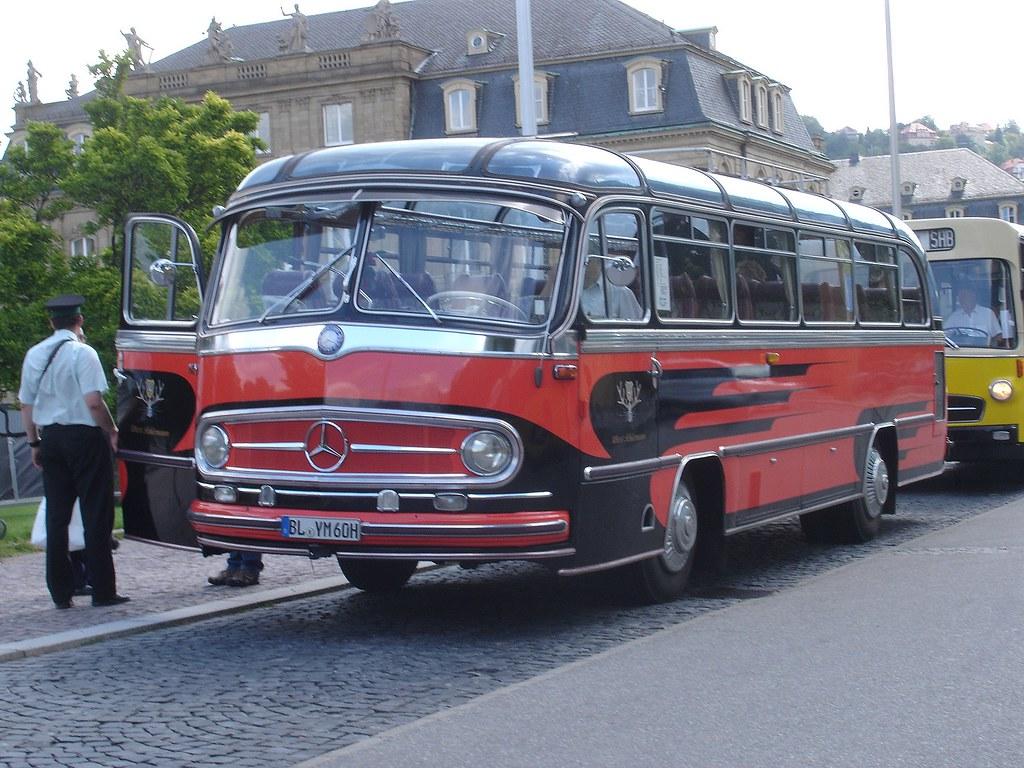 Vintage mercedes stuttgart tour bus a photo on flickriver for Mercedes benz tour bus