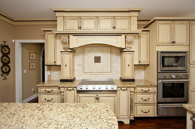 Kitchen cabinets glaze and distress 21 flickr photo - Cream distressed kitchen cabinets ...