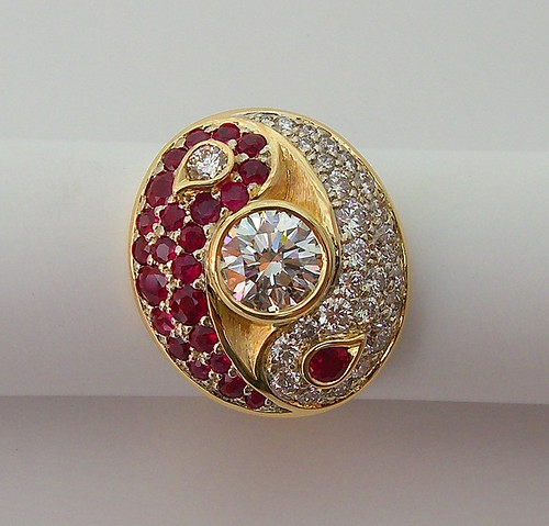 Ouroboros Ring / 18K Gold, Diamond, Ruby / 2