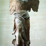 Nike Samothrace Close