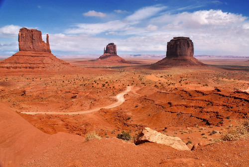 Monument Valley [EXPLORED!]