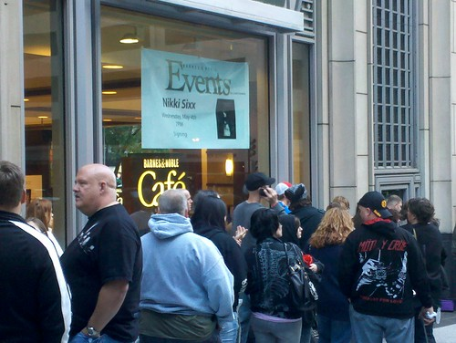 Why bookstores are relevant, Nikki Sixx signings