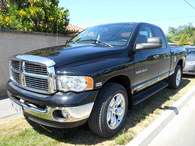 dodge ram 1500 v8 hemi 5 7l magnum flickr photo sharing. Black Bedroom Furniture Sets. Home Design Ideas