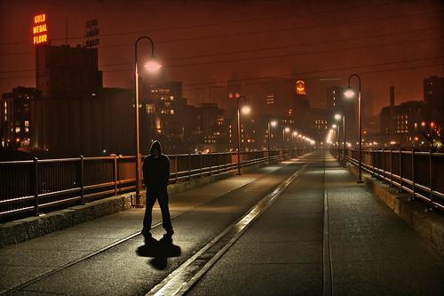 city bridge minnesota fog skyline night mississippi vanishingpoint downtown moody foggy minneapolis spooky twincities mn hennepin goldmedalflour stonearch stonearchbridge millcity saintanthonyfalls pillsburypark bluffspark