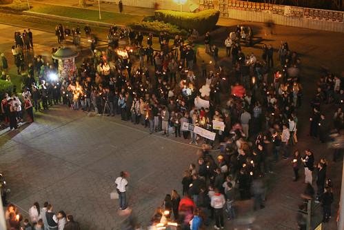 night bulgaria burgas 60 2011 шоу българия плакати нощ център earthhour бургас шествие часътназемята триа манифестация птичипоглед интеракт ротари бургасприморие огнено