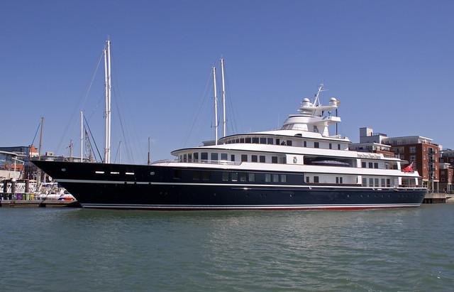 Leander G Motor Yacht   Flickr - Photo Sharing!