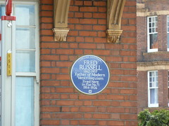 Photo of Fred Russell blue plaque