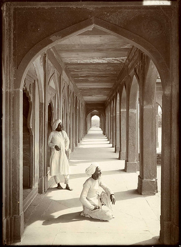 Cloisters at Akbar's Tomb