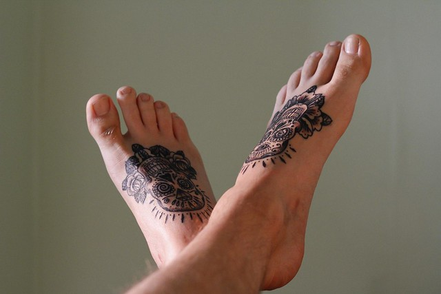 Healing feet flickr photo sharing for Foot tattoo aftercare