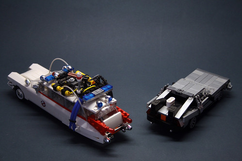 ECTO DELOREAN BACK