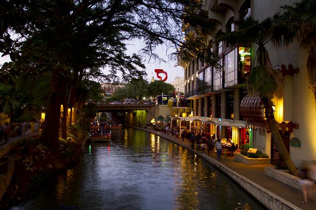 San Antonio River Walk by CC user stuseeger on Flickr