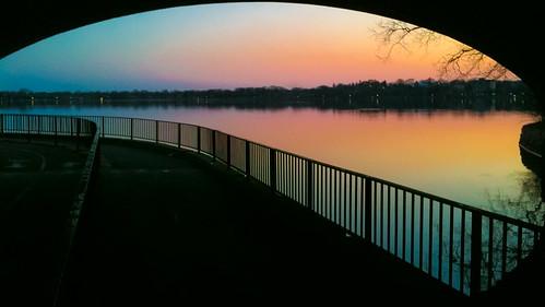 bridge sunset lake apple minnesota evening calhoun minneapolis tunnel uptown trail 3gs iphone