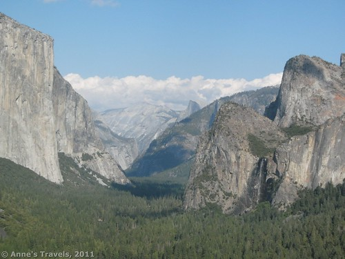 This wonderful site informed me that Artist Point, Yosemite National Park, California, exists!
