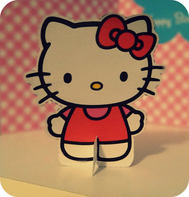 how to make hello kitty out of paper