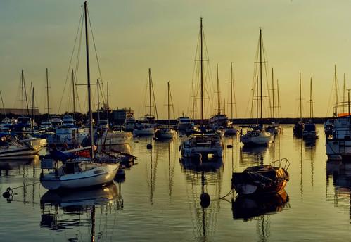 sunset sea sun silhouette photoshop nikon philippines manila nik yachts baywalk myc roxasblvd viveza d3100 itsmorefuninthephilippines sunsetgoddess queenofsunsets