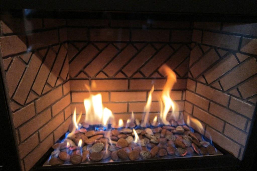 Jotul Modern Gas Fireplace Inserts Fireplacevillage Flickr