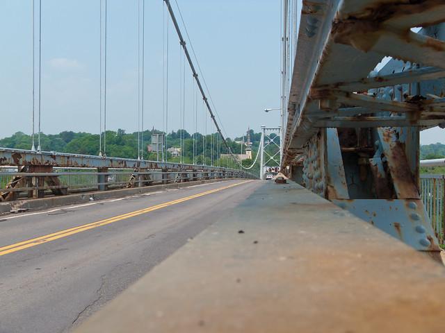 Kingston–Port Ewen Suspension Bridge