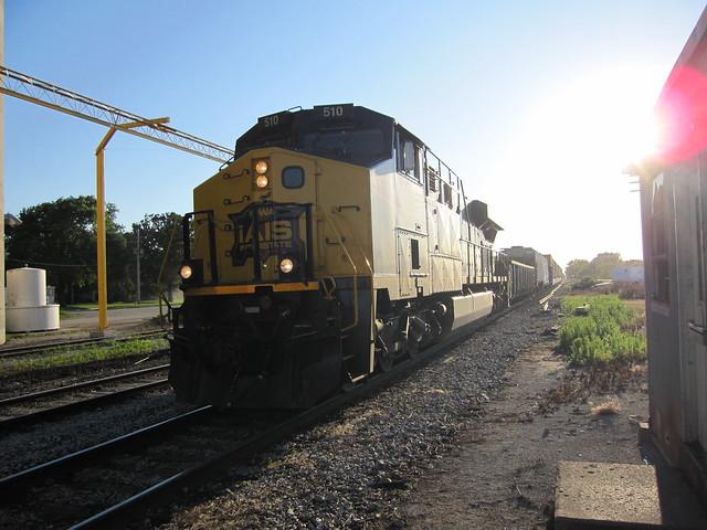 Iowa Interstate GE Evolution locomotive 510 at Earlham, Iowa