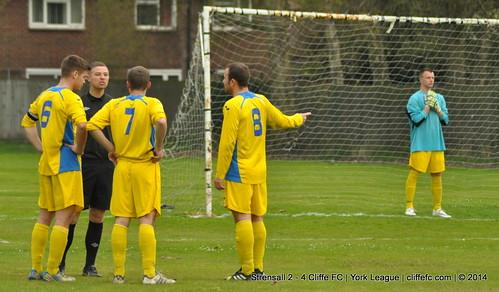 Cliffe FC 4 - 2 Strensall 23Apr14
