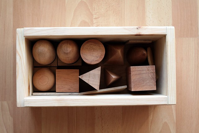 Petits volumes bois brut Montessori